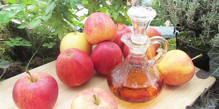Apfelessig hilft bei Zahnfleischentzündung