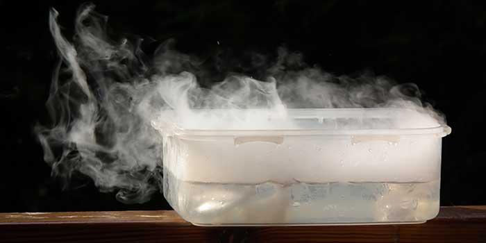 Trockeneis für die Zigarettenproduktion